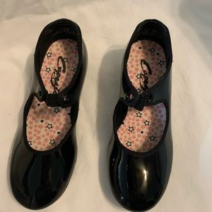 Girls tap shoes size 12 1/2